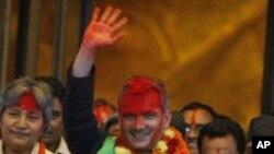 새총리로 선출된 바타라이 네팔 공산당 당수