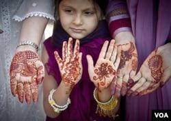Djevojčice u mnogim zemljama se i dalje primoravaju na brak