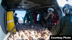 U.S. Military Delivers Aid to the Philippines