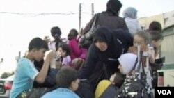 Djeca i žene u pokušaju da izbjegnu u Tursku