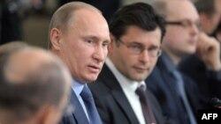 Thủ tướng Nga Vladimir Putin đang tìm cách thắng cử một nhiệm kỳ tổng thống lần thứ ba
