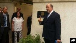 사우디 왕가의 특사를 만난 것으로 알려진 도레 골드(오른쪽) 이스라엘 외무부 국장. (자료사진)