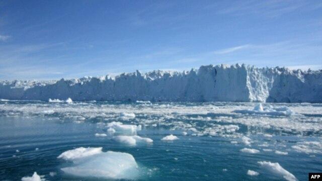 Ndotësit dhe niveli i detit
