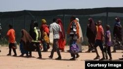 Baadhi ya wakimbizi wakiondoka kuelekea Somalia