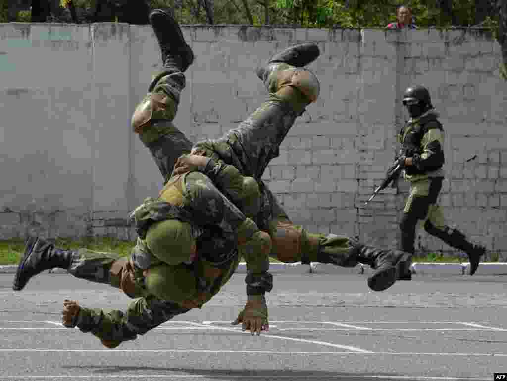 Members of the Kyrgyz special forces unit demonstrate their skills during a training exercise in Bishkek.