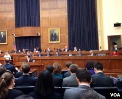 众院外委会讨论乌克兰议案(美国之音 杨晨拍摄)