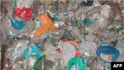 Khoảng hai triệu trong số 14 triệu tấn chất thải thể rắn của Thái Lan là loại plastic không phân hủy được