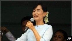 缅甸民主派领导人昂山素季(资料照片)