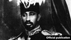 جنرال آغا محفوظ جان، پدر بزرگ عدنان سمیع