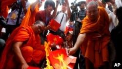 Một cuộc biểu tình bài Việt Nam tại Campuchia, ngày 8/10/2014.