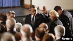 Барак Обама в Ньютауне.