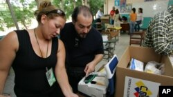 Si desea participar en las elecciones presidenciales del próximo 14 de abril, debería haberse inscrito en el Registro Electoral de Venezuela para las elecciones pasadas.