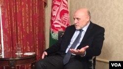 عمر داودزی می گوید که میکانیزم مذاکرات با طالبان باید تغییر یابد.