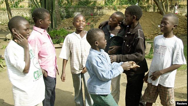 Nhiều lính trẻ em trước đây hiện hội nhập vào xã hội nhưng việc phục hồi vẫn cần phải làm (hình minh hoạ)