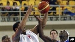 FIBA menginginkan sistem pertandingan dengan empat tim per grup, dan bukan enam, berarti pertandingannya lebih sedikit dan membuat para atlet lebih segar (foto: Dok).