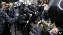 Occupy Protests Put Focus on Limits of US Free Speech Rights