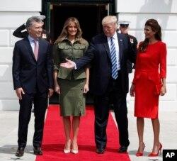Президент Трамп і перша леді Меланія Трамп з президентом Аргентини Маурісіо Макрі і його дружиною