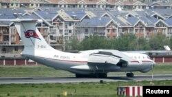 지난해 5월 중국 다롄국제공항에 북한 고려항공 여객기가 착륙했다.