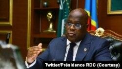 Président Félix Tshisekedi na bureau na ye na cité ya Union africaine na Kinshasa, 20 juillet 2021. (Twitter/Présidence RDC)