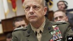 美國和北約駐阿富汗部隊的最高指揮官約翰.艾倫將軍星期二出席眾議院的聽證會