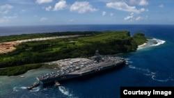 美國羅斯福號航母2017年11月4日離開關島出海執行任務(美國海軍照片)
