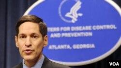 Direktur Pusat Pengendalian dan Pencegahan Penyakit (CDC), Dr. Thomas Frieden.