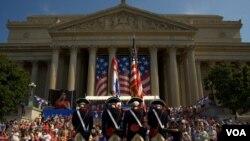 Parade untuk merayakan Hari Kemerdekaan Amerika ke-236 di Washington DC (4/7).