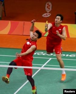 Mohammad Ahsan dan Hendra Setiawan saat berlaga di olimpiade bulu tangkis ganda pria di Rio de Janeiro, Brazil, 2016.