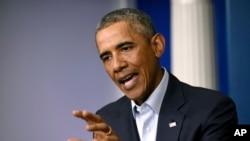 美國總統奧巴馬8月18日在白宮新聞發佈室講話。