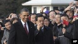 奥巴马和胡锦涛在白宫举行的欢迎仪式上