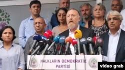 Berpirsên HDPê di preskonferansekê de li Amed Diyarbakir 19 08 2019