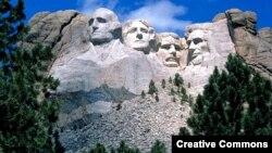 Национальный мемориал «Гора Рашмор», Кистоун, Южная Дакота