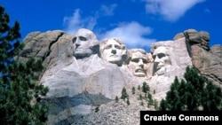 拉什莫尔山国家纪念公园(资料照)