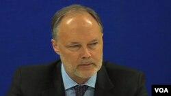 جیمز کنینگهم، سفیر ایالات متحده در افغانستان