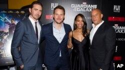 La cinta es protagonizada por Chris Pratt, centro, Zoe Zaldaña y Dave Bautista.
