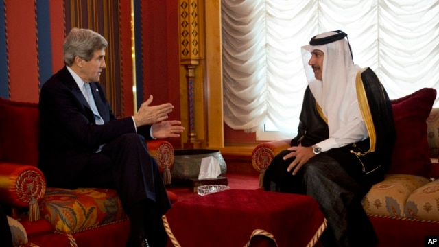 US Secretary of State John Kerry meets with Qatari Prime Minister and Foreign Minister Sheik Hamad bin Jassim Al Thani, in Doha, Qatar on March 5, 2013.