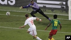 Danemark/Cameroun lors de la Coupe du Monde en Afrique du Sud.