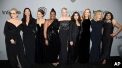 """金球奖颁奖仪式很多女士响应""""时间已到""""呼呼身着服装"""