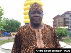 Allaissem Siadmadji, maire la commune du 7eme arrondissement de N'Djamena, au Tchad, le 11 août 2018. (VOA/André Kodmadjingar)