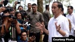 Presiden Joko Widodo di Magelang, Jawa Tengah, hari Sabtu (15/2) menyerukan kepada khalayak masyarakat untuk menerima kembali warga yang sudah menjalani karantina di Natuna, Kepri, apa adanya. Courtesy: Setpres RI.