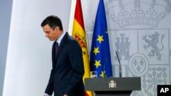 El presidente Pedro Sanchez enfrenta una tormenta por su supuesto rigo en torno a Venezuela por presuntas presiones de su aliado de izquierda, Unidas Podemos. Foto AP