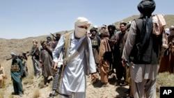 افغان چارواکي وايي طالبان په پاکستان کې سمبالیږي