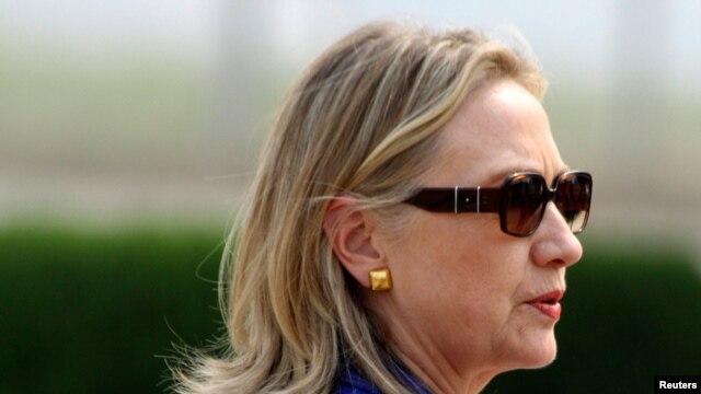 Hillary Clinton a lokacin da is birnin New Delhi, Mayu 7, 2012.