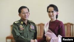 Min Aung Hlaing e Aung San Suu Kyi, 2 de Dezembro, 2015