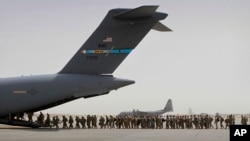 د «سي ان ان» رپوټ وايي چې افغانستان کې د امریکايي سرتېرو کمښت به د دغه هېواد د امنیتي ځواکونو د مشورې ورکونې او روزنې په بهیر باندې منفي اغېزې وکړي.