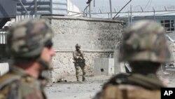 Tổng thư ký NATO nói liên minh sẽ hoàn tất mọi hoạt động cho đến khi thành công trong việc giao lại trách nhiệm kiểm soát an ninh cho chính phủ Afghanistan