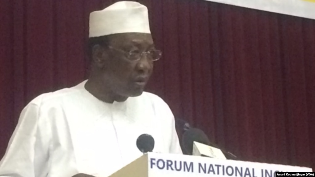 Idriss Deby Itno, président de la République du Tchad, à N'Djamena, le 19 mars 2018. (VOA/André Kodmadjingar)