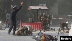 د اپریل په ٣٠ مه نیټه په کابل کې د حملې ورسته مناظر