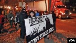 2011: Pokret Okupirajmo Wall Street proširio se iz New Yorka i SAD-a na druge strane svijeta