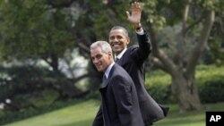 Шефот на кабинет во Белата куќа ќе поднесе оставка